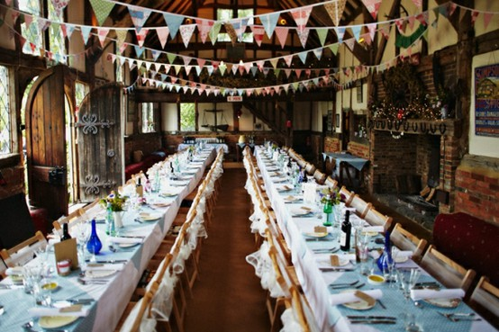Tips for Transforming Your Wedding Reception Tables from Drab to Fabulous