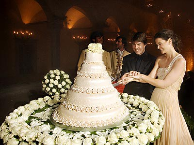 Tom Cruise Wedding Cake