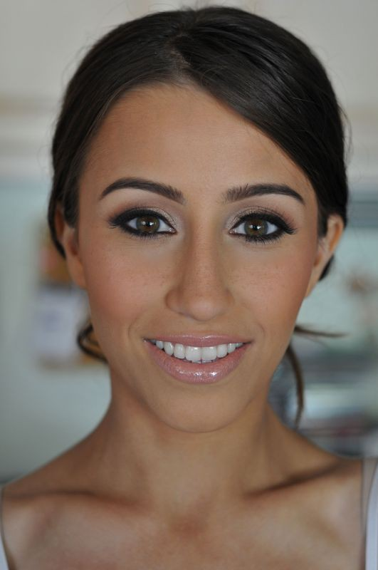 Dramatic Bridal Makeup Brown Eyes : 5 Wedding Day Makeup Ideas eWedding