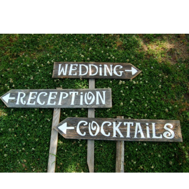 Diy vintage wood trick for wedding signs ewedding diy vintage wood trick for wedding signs junglespirit Images