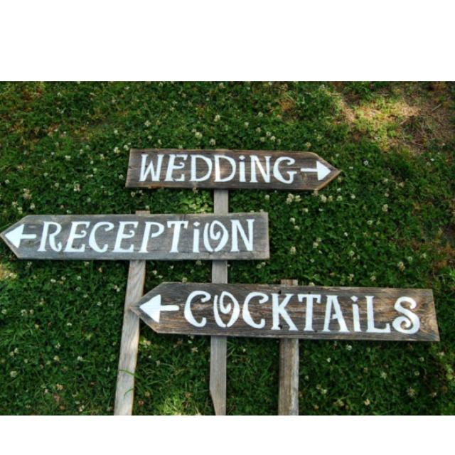 Diy Vintage Wood Trick For Wedding Signs Ewedding